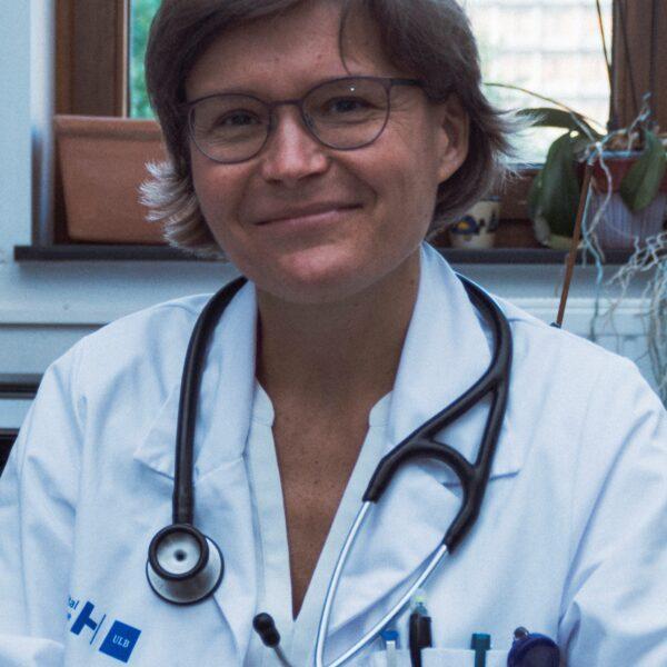 Dr. Miriam Cnop