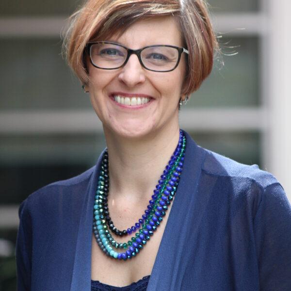 Dr. Elaine Pretorius